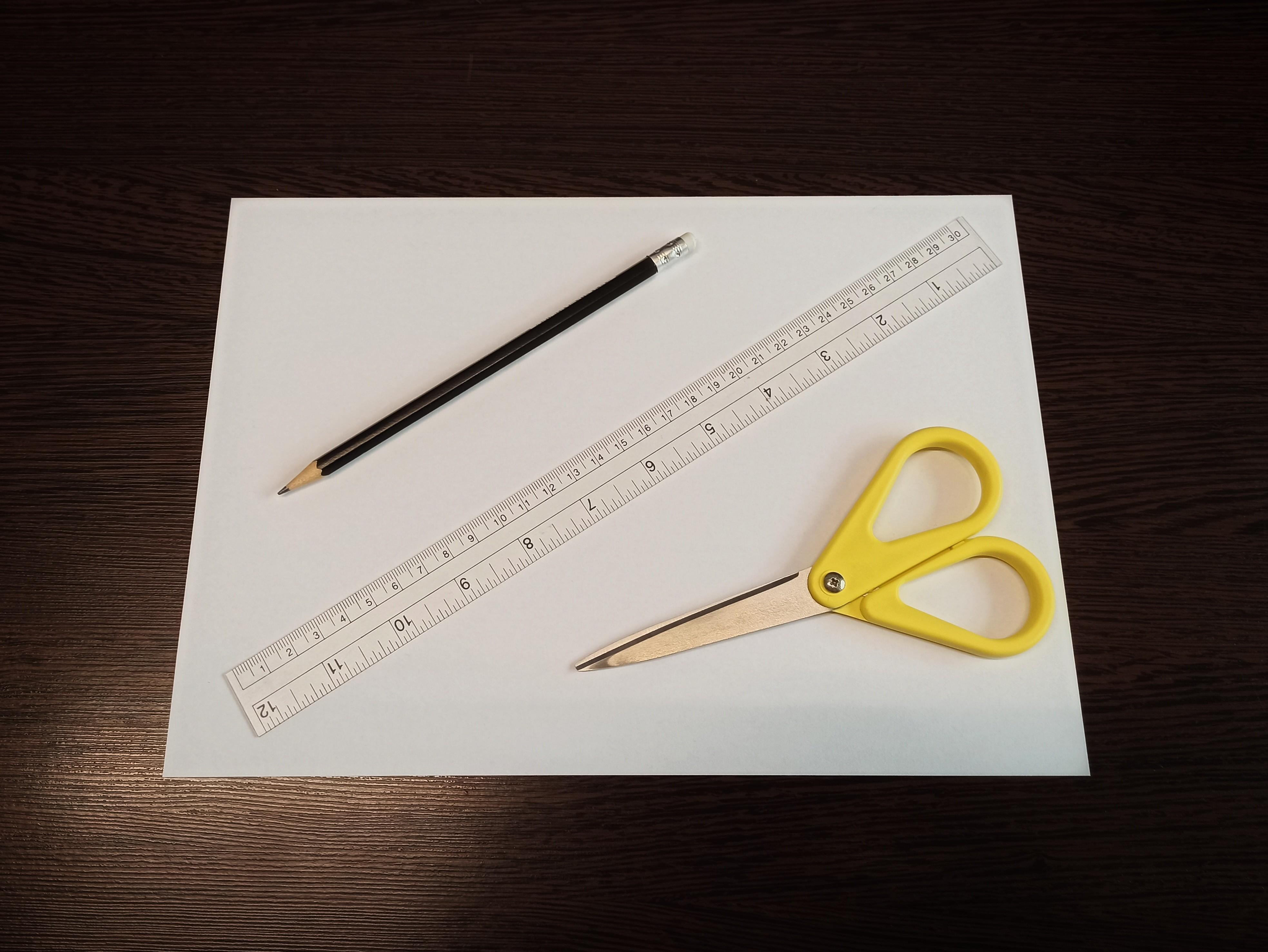 Pomůcky ke změření velikosti prstenu